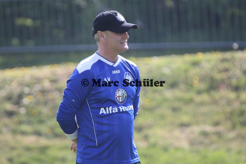 Trainer Armin Veh (Eintracht) - Eintracht Frankfurt Training, Commerzbank Arena