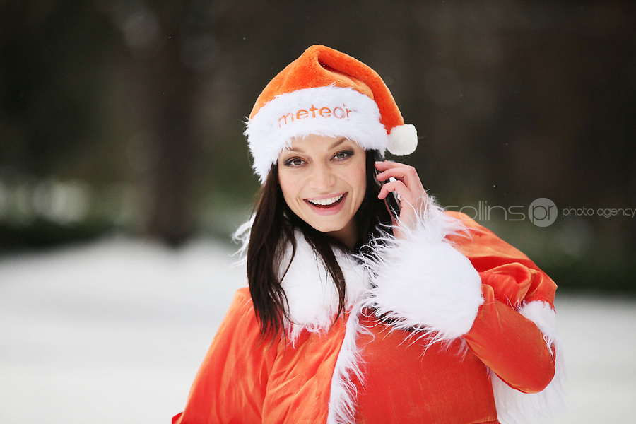 No Repro Fee. 2/12/2010.Meteor's new UK and International call rates. Model Irma was in festive form as she launched Meteor's new UK and International call rates. Meteor is now offering customers the best value for calls to the UK for just 10 cent per minute to mobile and landlines. Meteor also announced its new international call rates of just 15 cent per minute to 45 countries worldwide.To get these rates just text 'International' to 50104. Picture James Horan/Collins