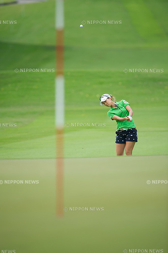 Momoko Ueda (JPN),.MARCH 3, 2013 - Golf :.Momoko Ueda of Japan in action during the final round of the HSBC Women's Champions at Sentosa Golf Club in Singapore. (Photo by Haruhiko Otsuka/AFLO)