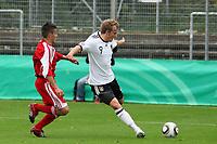 Lennart Thy (D, Werder Bremen) setzt sich durch
