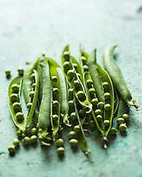 Gastronomie Générale: Petit pois ou pois rond - Stylisme : Valérie LHOMME // Gastronomy: Garden peas  (food stylist Valerie LHOMME)