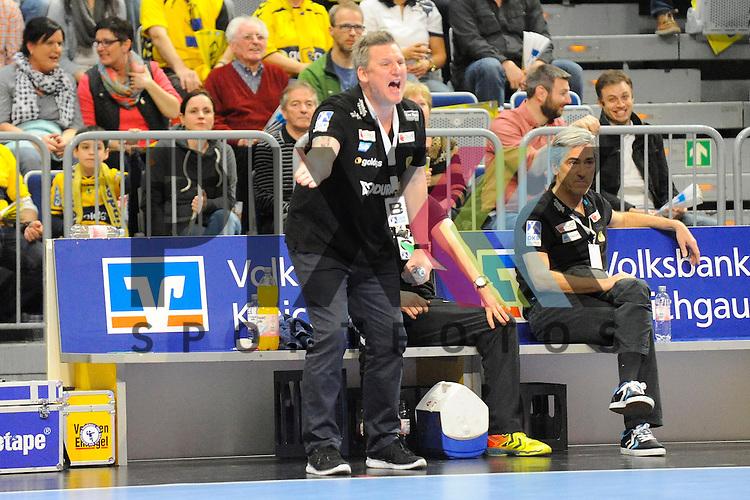 Rhein-Neckar Loewe Trainer Nikolaj Jacobsen  im Spiel des DHP Pokal, Rhein-Neckar Loewen - MT Melsungen.<br /> <br /> Foto &copy; P-I-X.org *** Foto ist honorarpflichtig! *** Auf Anfrage in hoeherer Qualitaet/Aufloesung. Belegexemplar erbeten. Veroeffentlichung ausschliesslich fuer journalistisch-publizistische Zwecke. For editorial use only.
