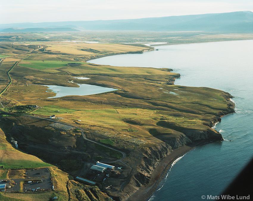 Kaldbaksnef, Gvendarbás og Saltvík fyrir sunnan Húsavík. / Kaldbaksnef, Gvendarbas and Saltvik site for possible electrometalurgic industry south of Husavik. Norðurþing / Nordurthing