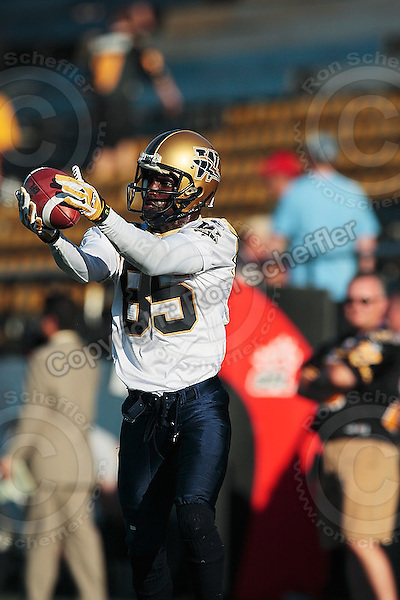 Aug 3, 2007; Hamilton, ON, CAN; Winnipeg Blue Bombers play the Hamilton Tiger-Cats at Ivor Wynne Stadium. The Tiger-Cats defeated the Blue Bombers 43-22. Mandatory Credit: Ron Scheffler. Pictured here is Winnipeg Blue Bombers slotback (85) Milt Stegall.