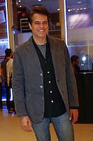 SAO PAULO, SP, 01 DE AGOSTO DE 2013. ESTREIA PEÇA LA MAMA. O ator Juan Alba durante a estréia da comédia La Mama, com Rosi Campos e Leonardo Miggiorin, no Teatro Nair Bello, na noite desta quinta feira, 01. FOTO ADRIANA SPACA/BRAZIL PHOTO PRESS