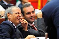 Luigi De Magistris durante le sue dichiarazioni in consiglio comunale nella foto con vicesindaco tommaso Sodano<br /> Napoli 26/09/2014