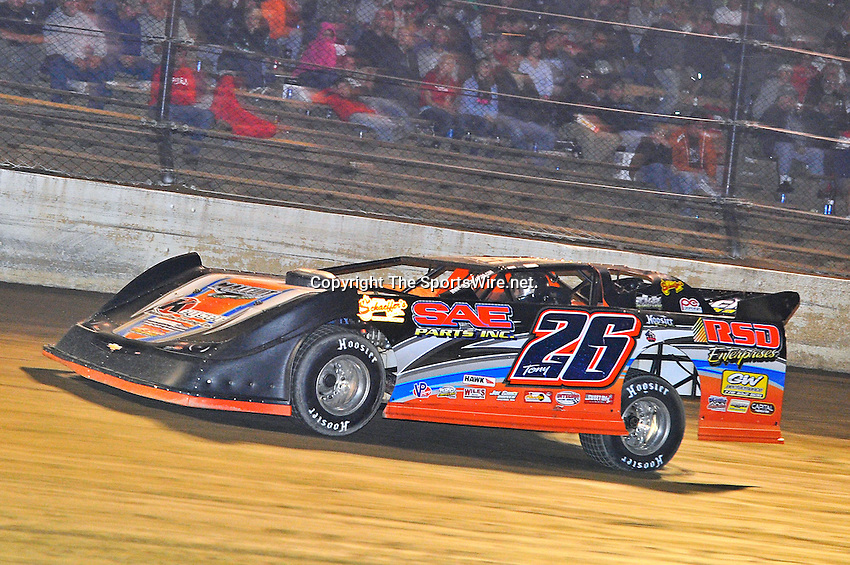 Sep 9, 2011; 10:28:43 PM; Rossburg, OH., USA; The 41st annual running of the World 100 Dirt Late Models racing for the Globe trophy at the Eldora Speedway.  Mandatory Credit: (thesportswire.net)