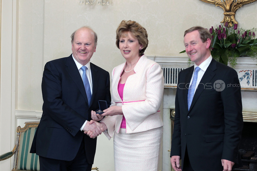 9/3/11 Michael Noonan, Minister for Finance with President Mary McAleese and Taoiseach Enda Kenny at Aras An Uachtarain for the appoinment of the Government. Pictures:Arthur Carron/Collins