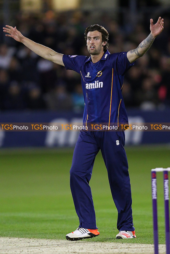 Reece Topley of Essex celebrates taking the wicket of Chris Gayle - Essex Eagles vs Somerset - NatWest T20 Blast Cricket at the Essex County Ground, Chelmsford, Essex - 29/05/15 - MANDATORY CREDIT: Gavin Ellis/TGSPHOTO - Self billing applies where appropriate - contact@tgsphoto.co.uk - NO UNPAID USE