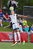 Boyds, MD - Saturday May 07, 2016: Portland Thorns FC defender Emily Menges (4) during a regular season National Women's Soccer League (NWSL) match at Maureen Hendricks Field, Maryland SoccerPlex. Washington Spirit tied the Portland Thorns 0-0.