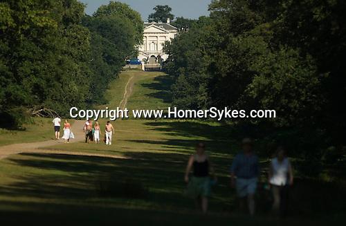 Richmond Upon Thames, Surrey, England 2007. White Lodge tourists Richmond Park.
