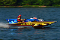 "Ron Snyder, Phil Kunz's E-686 ""Helter Skelter"" (1968 Cunningham 280 class hydroplane)"
