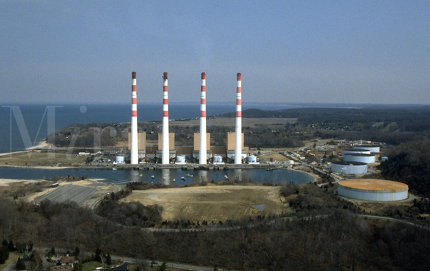 KEYSPAN ENERGY Power Generating Plant on Long Island Sound, Northport, NY. Electric power plant. Oil Burning. Fossil fuels. Northport New York United States North Shore of Long Island.