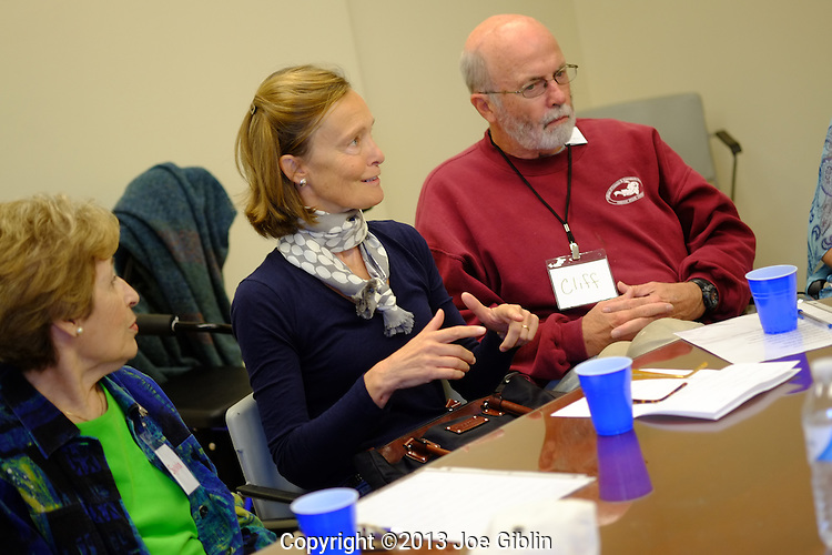 Leslie Maher works with her Parkinson Disease group known as the Loud Crowd on Monday, Sept. 30, 2013 in Independence Square on the Kingston Campus in South Kingstown, RI. (Photo/Joe Giblin)---Model Released to URI on file in Marketing & Communications