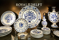 Delft- De Porceleyne Fles. Fabriek waar delftsblauw aardewerk wordt vervaardigd. Er is tevens een museum gevestigd