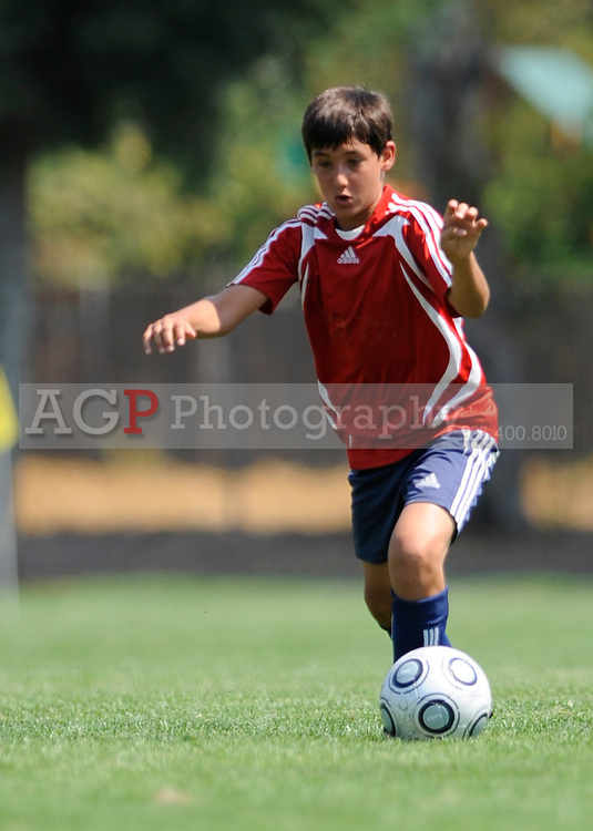 The U13 Santa Clara Sport Vs CV Gunners during the BUSC Summer Classic in Pleasanton, California August 16, 2009. (Photo by Alan Greth)