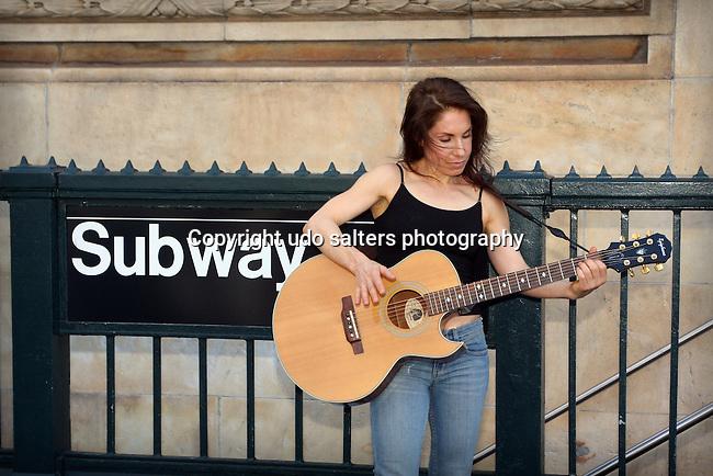 Photo shoot for Heidi Kole's book The Subway Diaries