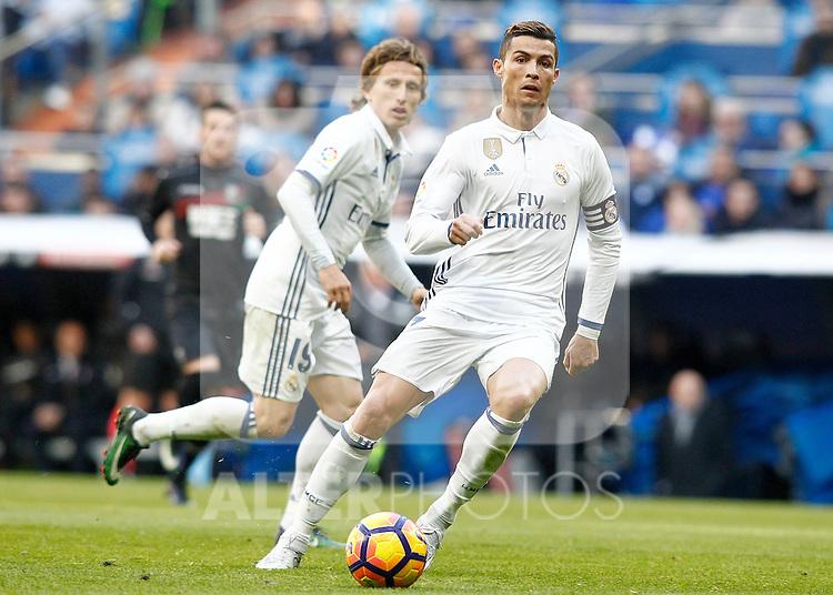Real Madrid's Luka Modric (l) and Cristiano Ronaldo during La Liga match. January 7,2016. (ALTERPHOTOS/Acero)