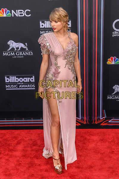 LAS VEGAS, NV - MAY 20: Taylor Swift at the 2018 Billboard Music Awards at the MGM Grand Garden Arena in Las Vegas, Nevada on May 20, 2018. <br /> CAP/MPI/DAM<br /> &copy;DAM/MPI/Capital Pictures