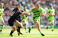 Alex Waller of Northampton Saints looks to get past Alex Goode of Saracens. Aviva Premiership match, between Saracens and Northampton Saints on September 2, 2017 at Twickenham Stadium in London, England. Photo by: Patrick Khachfe / JMP