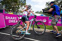 Picture by Alex Whitehead/SWpix.com - 12/04/2018 - Commonwealth Games - Cycling Mountain Bike - Nerang Mountain Bike Trails, Gold Coast, Australia - Annie Last of England wins Gold in the Women's Cross-country race, Silver - Evie Richards of England.