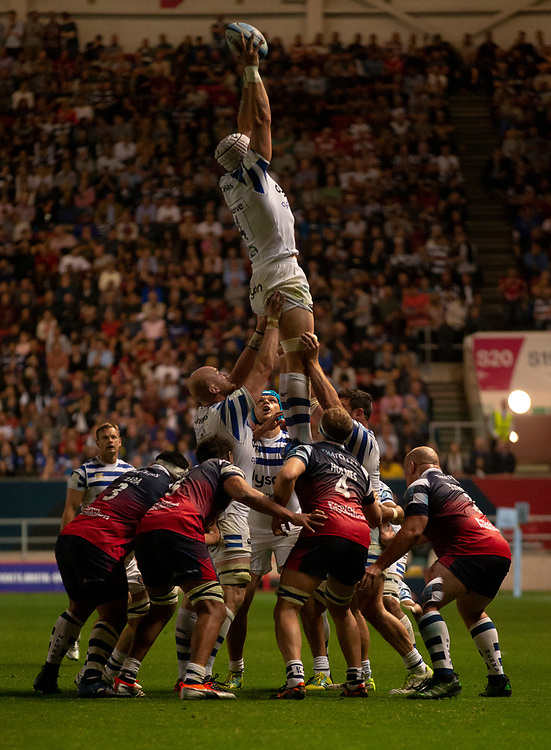 Bath Rugby's Dave Attwood claims a line out<br /> <br /> Photographer Bob Bradford/CameraSport<br /> <br /> Gallagher Premiership - Bristol Bears v Bath Rugby - Friday August 31st 2018 - Ashton Gate - Bristol<br /> <br /> World Copyright © 2018 CameraSport. All rights reserved. 43 Linden Ave. Countesthorpe. Leicester. England. LE8 5PG - Tel: +44 (0) 116 277 4147 - admin@camerasport.com - www.camerasport.com