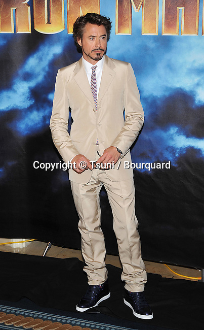 Robert Downey Jr _47   -<br /> IRON MAN 2 Photo Call at the Four Seasons Hotel In Los Angeles.