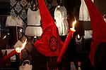 """Fecha: 18-04-2014. -LUGO, VIVEIRO.- SEMANA SANTA. Jueves Santo. Procesión Penitencial de la Redención. Pasos """"ECCE-HOMO de la Misericordia"""" (Francisco Gijon 2004). Un gran numero de personas visitan Viveiro en la Semana Santa."""