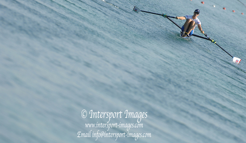Munich, GERMANY, GBR LM1X, ALASDAIR LEIGHTON-CRAWFORD, Sunday 26.08.2007, opening day on the  Munich Olympic Regatta Course, venue for 2007 World Rowing Championship, Bavaria. [Mandatory Credit. Peter Spurrier/Intersport Images]..... , Rowing Course, Olympic Regatta Rowing Course, Munich, GERMANY