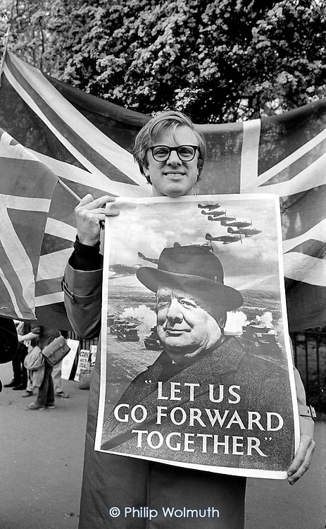 Future Conservative MP Edward Leigh with a Winston Churchill poster, in support the Coalition for Peace through Security and the Falklands War, Speakers' Corner, Hyde Park, London