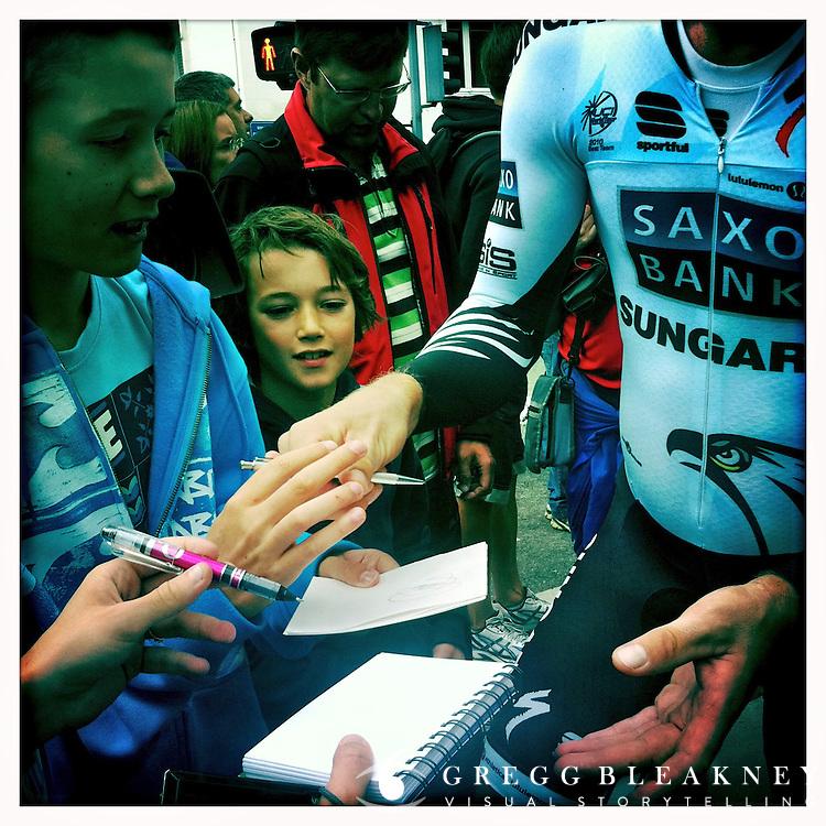 Autograph hunters - 2011 Tour de France - Stage 20 Time Trial - Grenoble, France