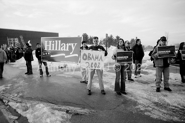 Nashau, New Hampshire.January 8, 2008 ..Democratic Presidential hopeful and New York Senator Hillary Clinton campaigns and daughter Chelsea visitan early morning polling station on the day of the state primary...