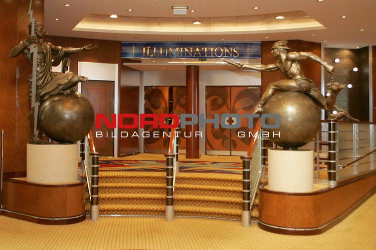 Queen Mary 2 in Hamburg<br /> Eingang zum Veranstaltungssaal Illuminations - Planetarium und Theater in einem.<br /> <br /> <br /> Foto &copy; nordphoto / Volker Sarbach<br />  *** Local Caption *** Foto ist honorarpflichtig! zzgl. gesetzl. MwSt.<br />  Belegexemplar erforderlich<br /> Adresse: nordphoto<br /> Georg-Reinke-Strasse 1<br /> 49377 Vechta