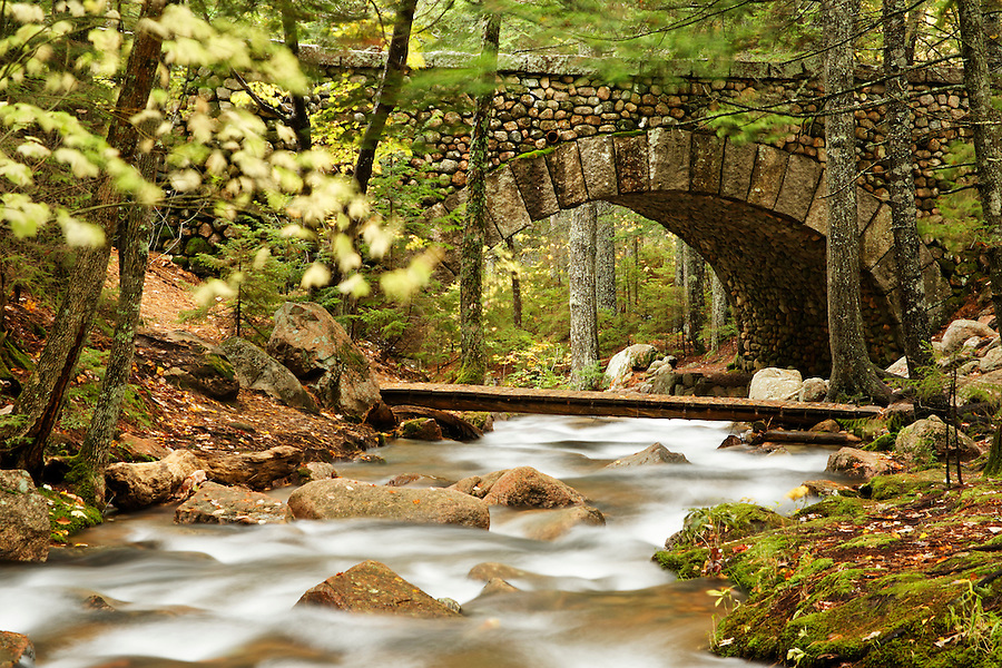 Carriage road and foot bridge over Jordan Stream, Mount Desert Island, Hancock County, Acadia National Park, Maine, USA