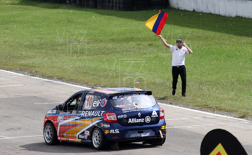 TOCANCIPÁ - COLOMBIA, 1-12-2018:Se corrió las Seis Horas de Bogotá 2018 Havoline-Motor-Tortugas en su edición número 33,  la carrera de resistencia más importante de Colombia que fué ganada por la tripulación conformada por Jorge Cortés, Oscar Tunjo , Jaime Guerrero y Jhon Estuíñan ,conduciendo un Cámaro GT # 45 en la categoria Fuerza Libre de más de 2000 cc FL en el autódromo de Tocancipá/ The car was made the Six Hours of Bogotá 2018 Havoline-Motor-Tortugas in its 33rd edition, the most important endurance race in Colombia that was won by the crew formed by Jorge Cortés, Oscar Tunjo, Jaime Guerrero and Jhon Estuíñan , driving a GT Camaro number 45 in the Free Force category of more than 2000 cc FL Photo: VizzorImage / Felipe Caicedo / Satff