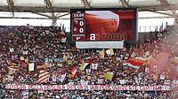 Calcio, Serie A: Roma-Cagliari. Roma, stadio Olimpico, 9 maggio 2010..Football, Italian serie A: Roma-Cagliari. Rome, Olympic stadium, 9 may 2010. AS Roma supporters exhibit a banner supporting team's captain Francesco Totti..UPDATE IMAGES PRESS/Riccardo De Luca