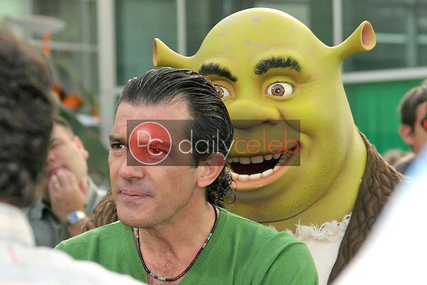 Antonio Banderas and Shrek