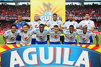 CALI - COLOMBIA, 21-04-2019: Jugadores de Millonarios posan para una foto previo al partido por la fecha 17 de la Liga Águila I 2019 entre América de Cali y Millonarios jugado en el estadio Pascual Guerrero de la ciudad de Cali. / Players of Millonarios pose to a photo prior match for the date 17 as part of Aguila League I 2019 between America Cali and Millonarios played at Pascual Guerrero stadium in Cali. Photo: VizzorImage / Nelson Rios / Cont