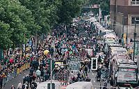 the start / teambus area<br /> <br /> 104th Tour de France 2017<br /> Stage 2 - Düsseldorf › Liège (203.5km)