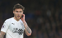 Burnley's Jeff Hendrick<br /> <br /> Photographer Rob Newell/CameraSport<br /> <br /> The Premier League - Saturday 1st December 2018 - Crystal Palace v Burnley - Selhurst Park - London<br /> <br /> World Copyright &copy; 2018 CameraSport. All rights reserved. 43 Linden Ave. Countesthorpe. Leicester. England. LE8 5PG - Tel: +44 (0) 116 277 4147 - admin@camerasport.com - www.camerasport.com