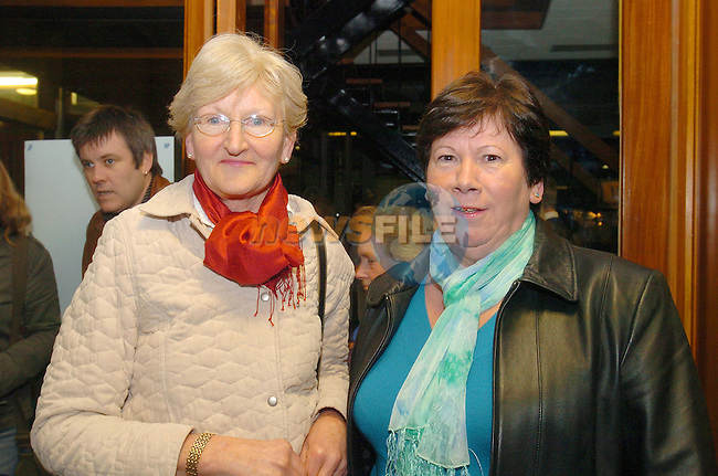 Marie and Margaret Drew at the Flo Gas Cookery demo in aid of the MMM in the MMM Auditorium..Photo Fran Caffrey Newsfile.ie..This Picture has been sent to you by Newsfile Ltd..The Studio,.Millmount Abbey,.Drogheda,.Co. Meath,.Ireland..Tel: +353(0)41-9871240.Fax: +353(0)41-9871260.ISDN: +353(0)41-9871010.www.newsfile.ie..general email: pictures@newsfile.ie