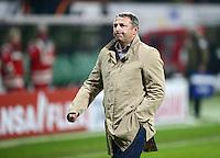 FUSSBALL   1. BUNDESLIGA  SAISON 2011/2012  30. SPIELTAG 10.04.2012 SV Werder Bremen - Borussia Moenchengladbach  Manager Klaus Allofs (SV Werder Bremen)  nachdenklich