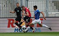 Marvin Duksch (Hannover 96) flankt<br /> <br /> - 14.06.2020: Fussball 2. Bundesliga, Saison 19/20, Spieltag 31, SV Darmstadt 98 - Hannover 96, emonline, emspor, <br /> <br /> Foto: Marc Schueler/Sportpics.de<br /> Nur für journalistische Zwecke. Only for editorial use. (DFL/DFB REGULATIONS PROHIBIT ANY USE OF PHOTOGRAPHS as IMAGE SEQUENCES and/or QUASI-VIDEO)