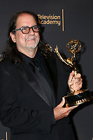 LOS ANGELES - SEP 9:  Glenn Weiss at the 2017 Creative Emmy Awards Press Room at the Microsoft Theater on September 9, 2017 in Los Angeles, CA