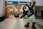 Dougie at the opening of the Dealz new store in Mulling Co West Meath.<br /> <br /> Picture Newsfile/Professional Images