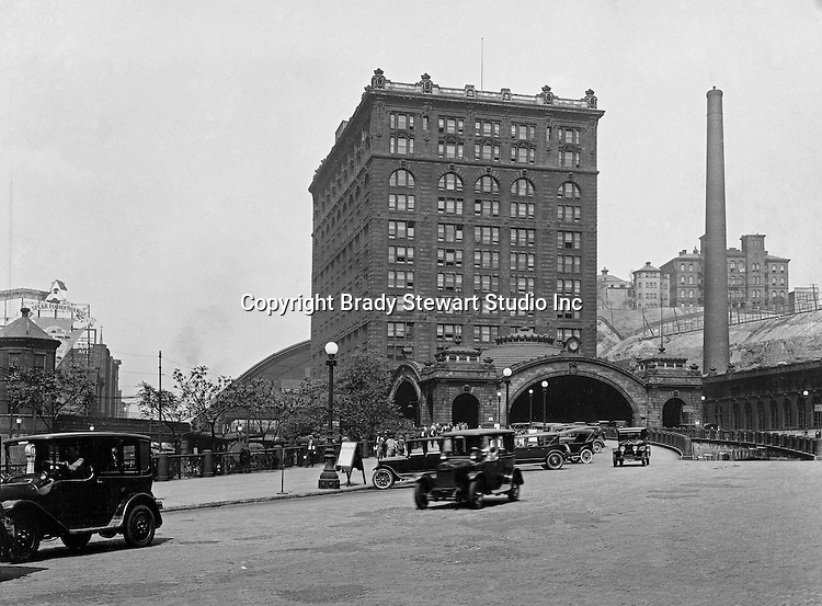 Pittsburgh PA:  The Penn Station - 1925.  The Union Station was constructed between 1898 and 1903.  In 1912, the name of this train station was changed to Penn Station to match all the other stations in the state that served the passengers of the Pennsylvania Railroad.