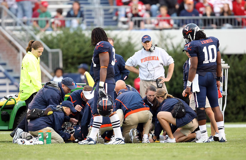 Virginia wins big 47-7 over Indiana October 10, 2009 at Scott Stadium in Charlottesville, Va. Photo/Andrew Shurtleff