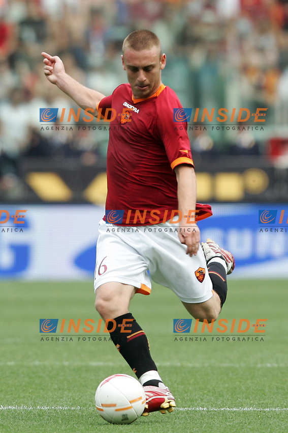 Daniele De Rossi (Roma)<br /> Italian &quot;Serie A&quot; 2006-07 <br /> 27 May 2007 (Match Day 38)<br /> Roma-Reggina (4-3)<br /> &quot;Olimpico&quot; Stadium-Roma-Italy<br /> Photographer Andrea Staccioli INSIDE