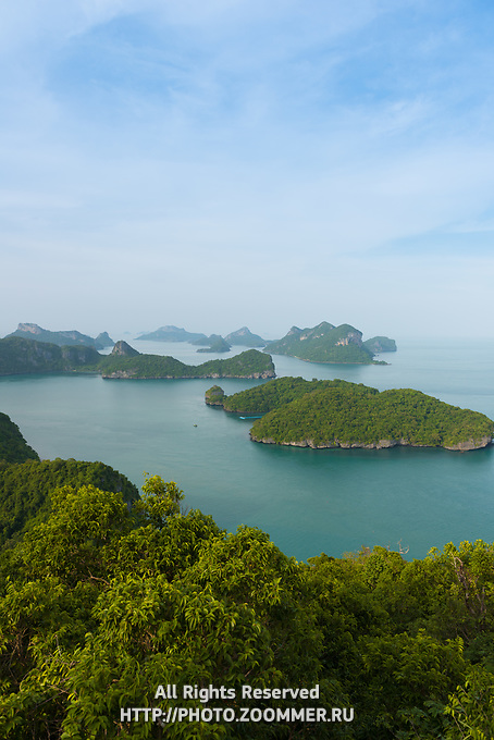 Ang Thong National Marine Park with many small islands and pristine beaches, Ko Wua Ta Lap Ko, Thailand