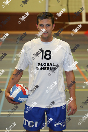 2008-09-16 / Volleybal / VC Kapellen / Cedric Verheyden ..Foto: Maarten Straetemans (SMB)